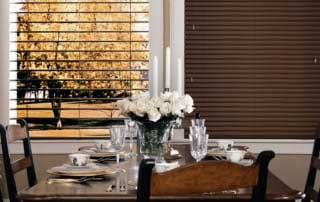 Reveal blinds in a dining room