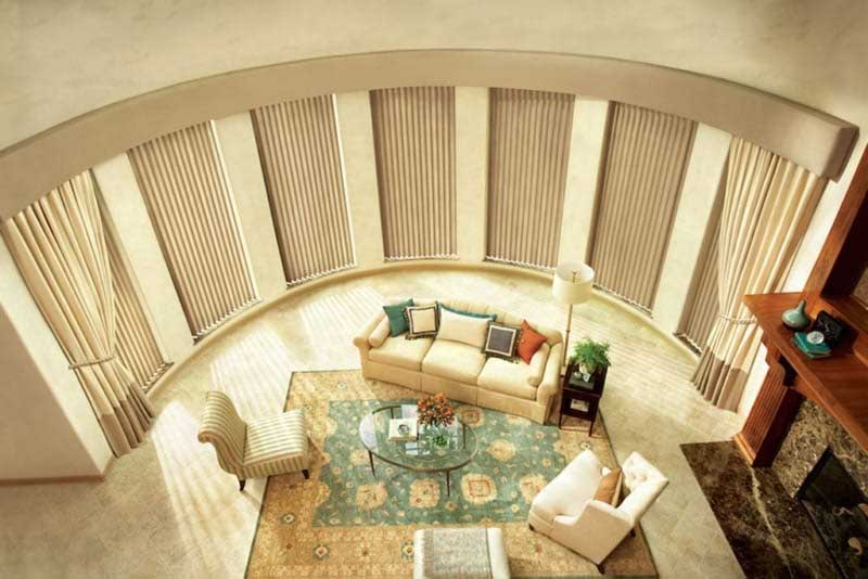 window coverings in a beautiful living room