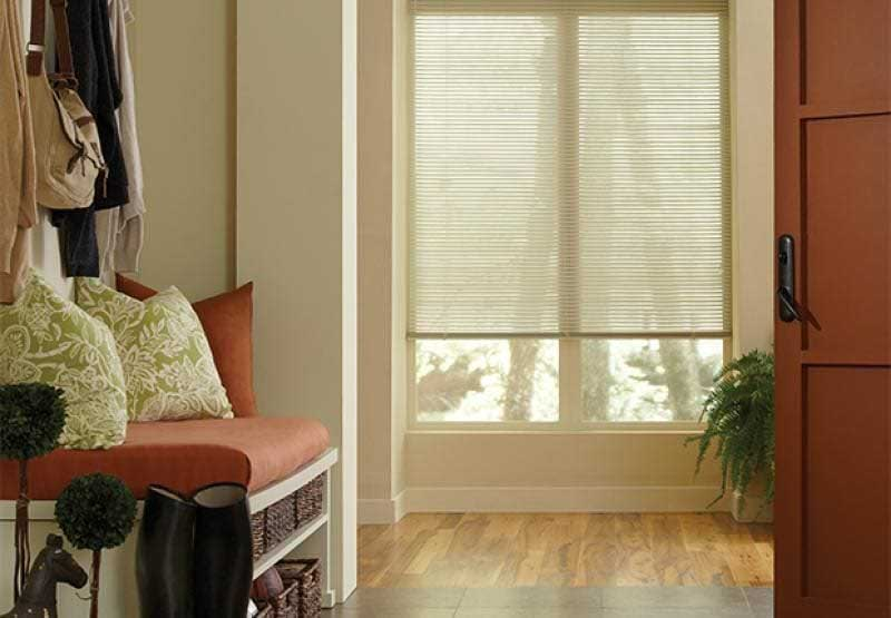 Lightlines® aluminum horizontal blinds